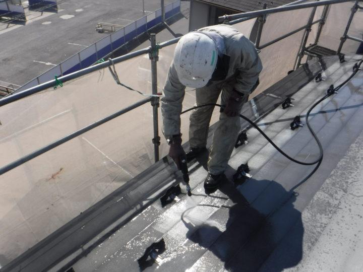 屋根塗装前の洗浄