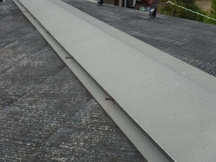 屋根塗装の施工前(釘抜け)