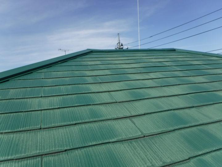 屋根塗装の施工前(色褪せ)