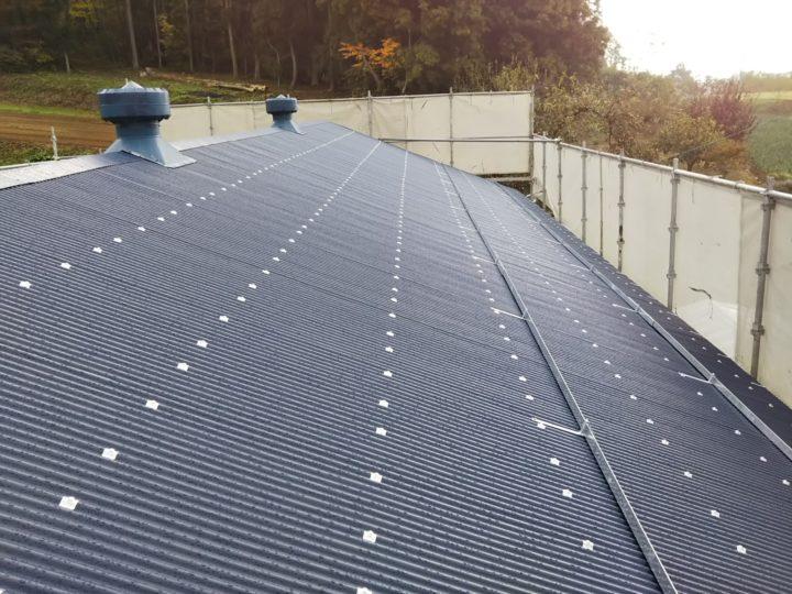 屋根重ね葺きの全工程完了