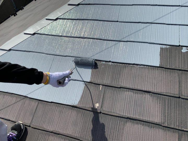 屋根 下塗りと塗布